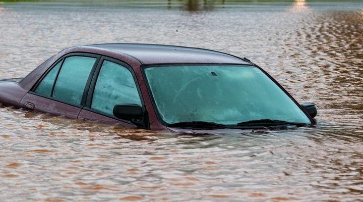 Seguro de coche ante inundaciones